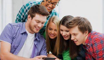 چگونه نوجوانتان را به سمت فعالیت های خانوادگی بکشید