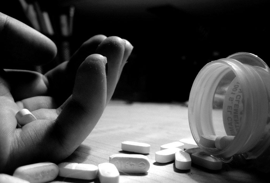 نشانه های خودکشی در نوجوانان