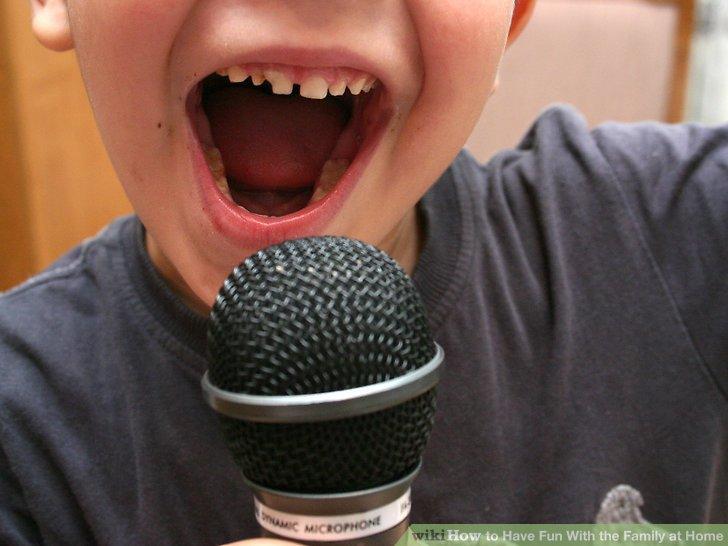 خواندن ترانه های مشهور!