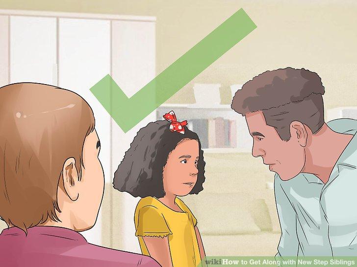 روابط جدید والدین بیولوژیک خودتان را با نابرادری ها و ناخواهری هایتان بپذیرید.