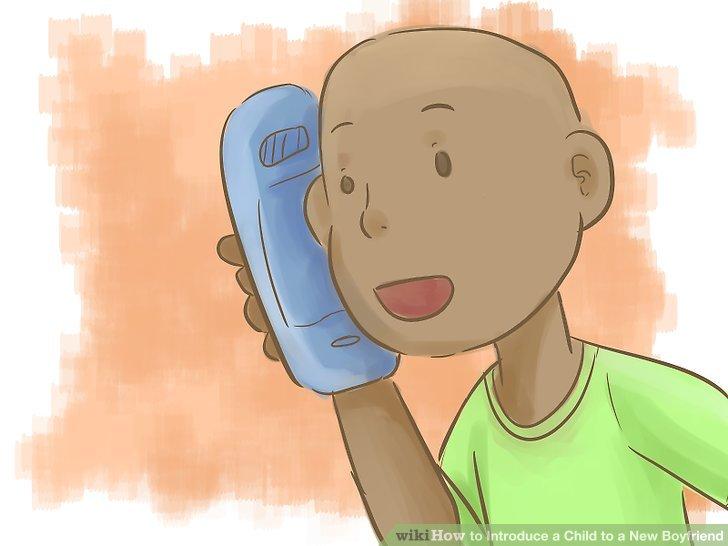قبل از معرفی بچه تان به یک مرد جدید در زندگی خودتان، حتما در مورد این مرد با بچه تان صحبت کنید یا یک تماس تلفنی مابین آنها برقرار کنید